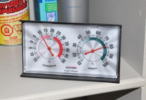 термометр дома
