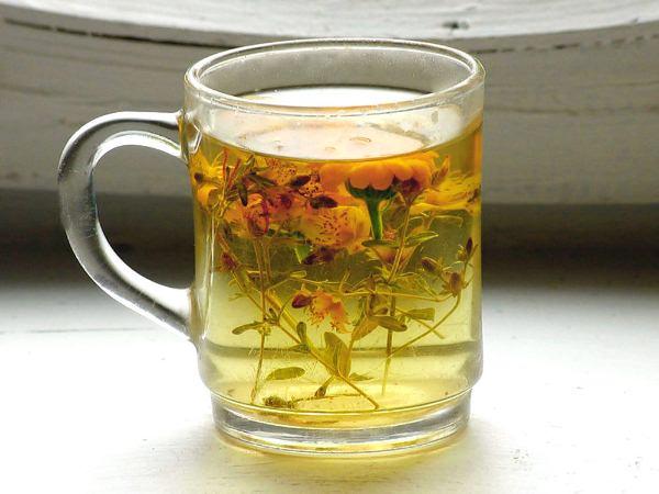 Отвар цветков и травы Купальницы применяют как желчегонное при заболевании печени и как средство против отеков