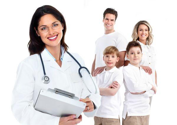 врач семейный доктор